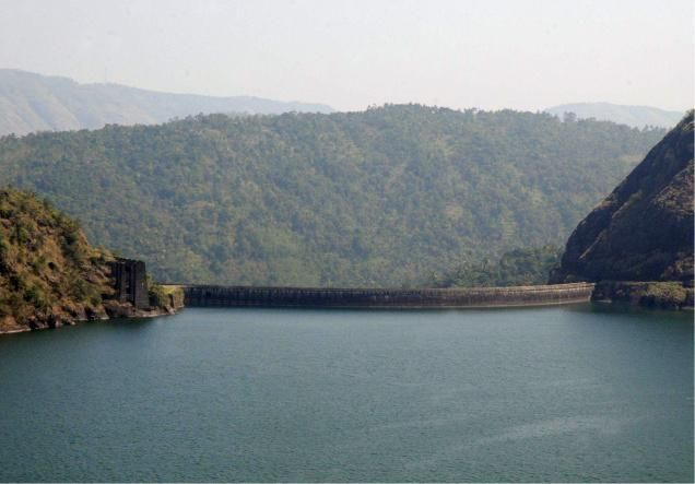 mullaperiyar dam technically dangerous but no Since 1965 when the high dam became fully operational, the nile flow to the mediterranean has greatly diminished, while the effects of dangerous floods in 1964 and 1973 and threatening droughts in 1972-73 and 1983-84 were mitigated.