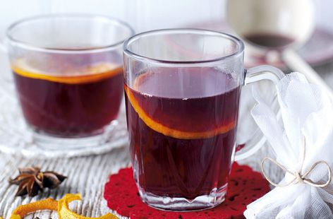 Home-made mulled-wine kits