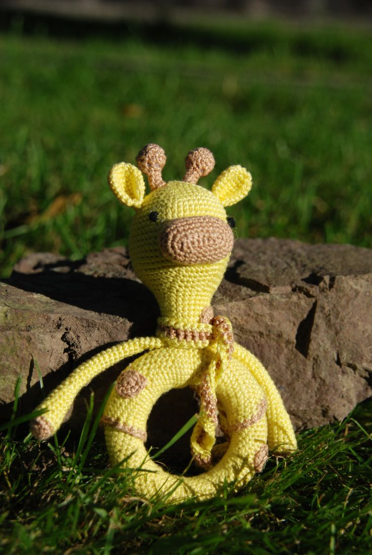 Giraffe Teething Toy, Baby Crochet Teether, eco friendly baby toy, natural wood teether by SquirrelArtStudio on Etsy