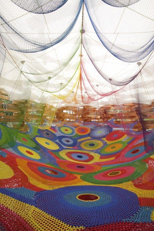 Wonder Space II, by Toshiko Horiuchi MacAdam and Interplay, at Hakone Open Air Museum. Photo © Masaki Koizum.