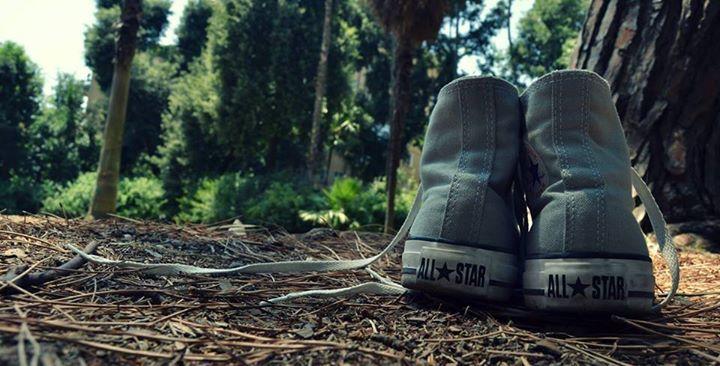 """""""Prima di giudicare un uomo cammina per tre lune nelle sue scarpe"""" -proverbio indiano-"""