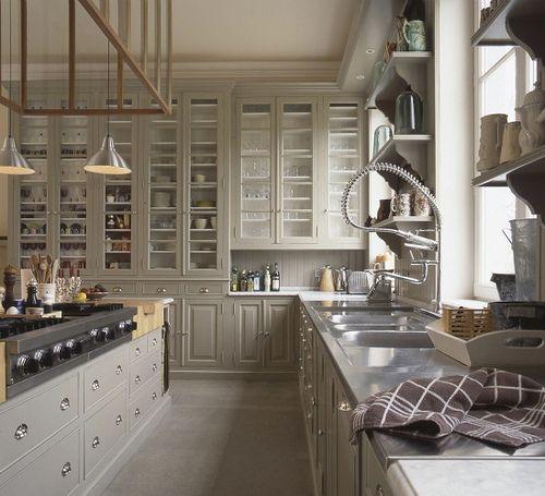 Beautiful light-grey kitchen