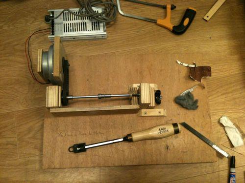 Homemade pen turning lathe