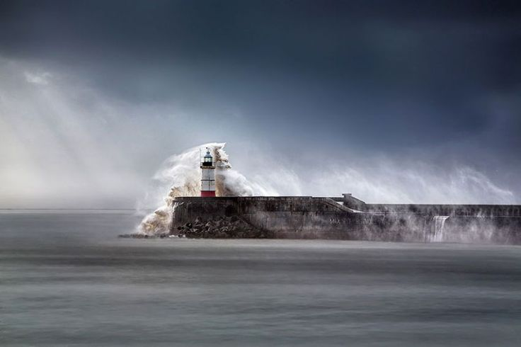 «Newhaven Breakwater Lighthouse», Восточный Сассекс, Англия