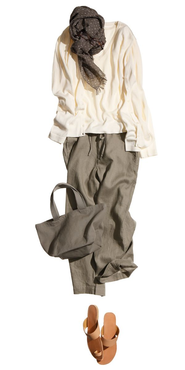 I think I just have a think for loose olive pants right now—also, sandals with wide leather straps and very little stitching detail/embellishment.