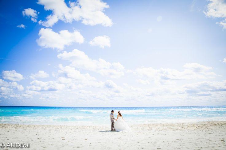 Married couple photoshoot at Ritz Carlton Hotel - AkiDemi Photography -