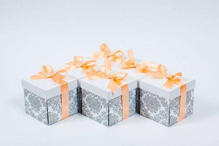 Pasztel dobozos esküvői meghívó barokk díszítéssel _ box wedding invitation