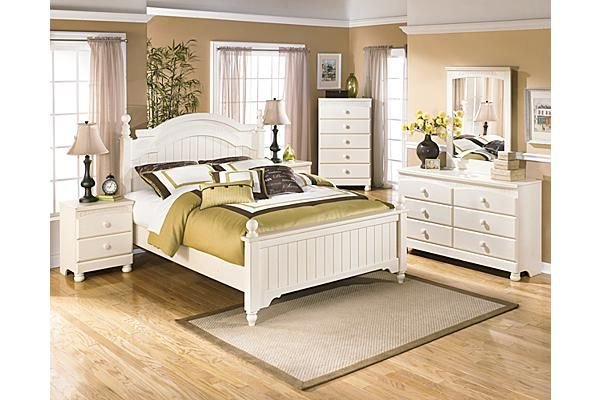 The Cottage Retreat Poster Bedroom Set From Ashley