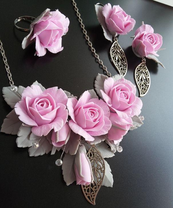 """Ручная работа Комплект """"нежные розы"""" из полимерной глины"""