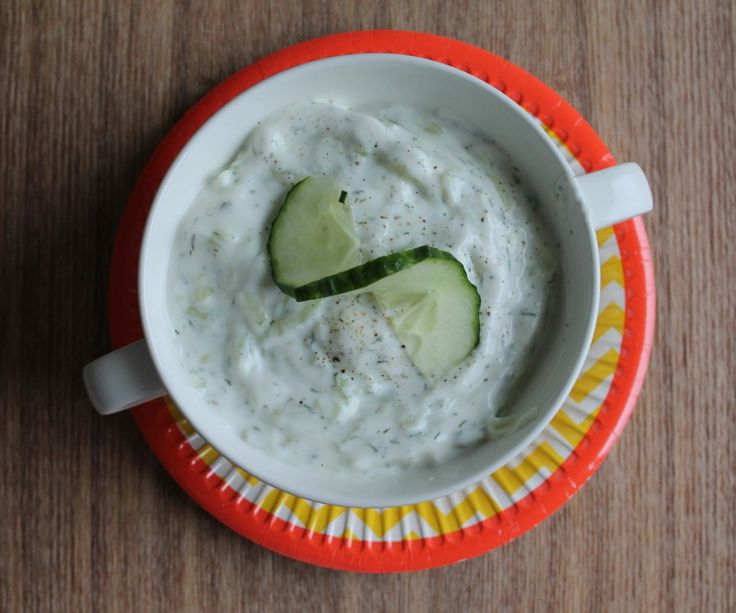 Persian Yogurt + Cucumber Dip (Mast-o-Khiar). Yogurt, lemon, dill and cucumber come together in this Middle Eastern recipe for any side or as a dip! | Della Cucina Povera