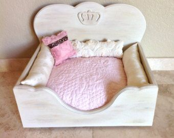 Prince or Princess Bed for Royal Pampered Pets