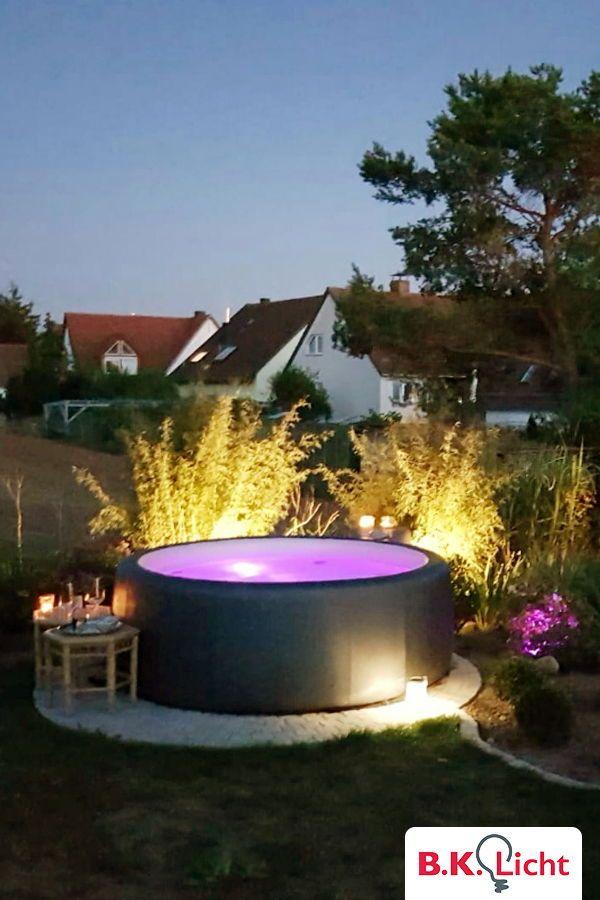 Beleuchtungsideen Fur Deinen Garten Und Pool Wirlpool Garten Garten Nacht Garten