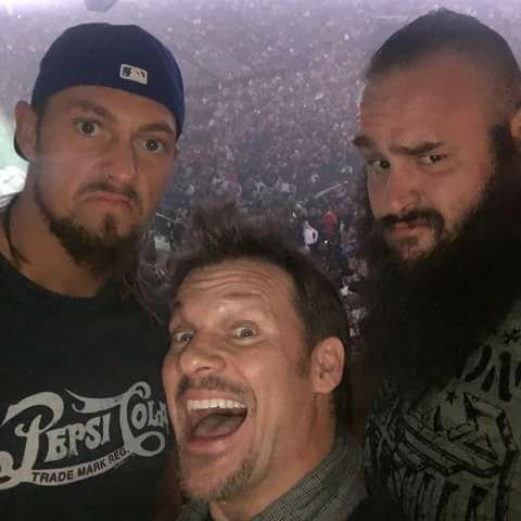 Wanted to be there so bad-Bella Iknow bel but rhyno needed you-Chris What does rhyno have to do with this?-cass I wasn't there be because I had more important things to be doing-ary Like what?-Chris Taking care of the kids-ary I soo would have gone if you told me Braun-daphne Sorry baby-Braun Baby?-Chris Rhyno and I are on the fast tracts to dating-Bella And you're ok with that?-cass Why would I not be? Why did you just call Braun baby daphne?-Chris