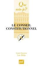 Créé en 1958 le Conseil constitutionnel est l'une des principales innovations de la Ve République. Cette juridiction vérifie la constitutionnalité des lois et limite ainsi les pouvoirs du gouvernement en assurant l'équilibre entre l'exécutif et le législatif. Il est le garant des libertés publiques. Cet ouvrage présente le fonctionnement de cette institution et explique son rôle.