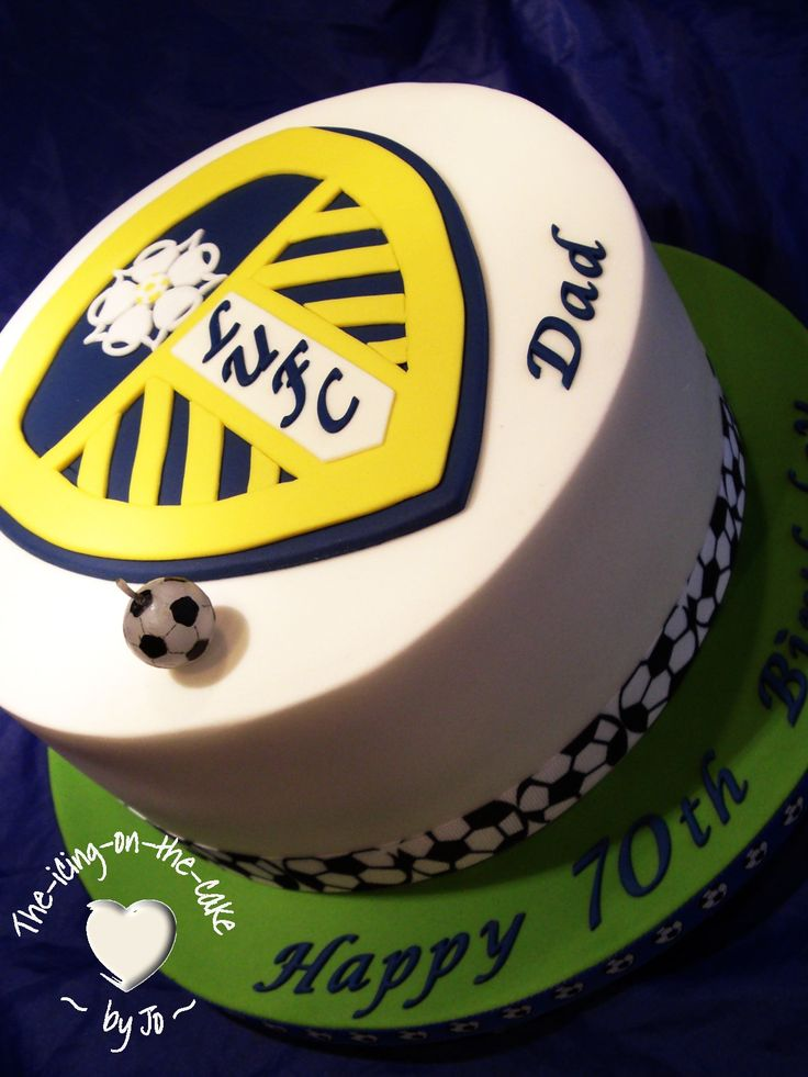 Leeds united fan cake!