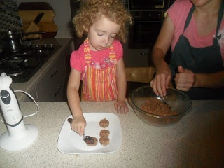 Making Mini Meatballs for #KidsCookMonday with @threefootcooks!