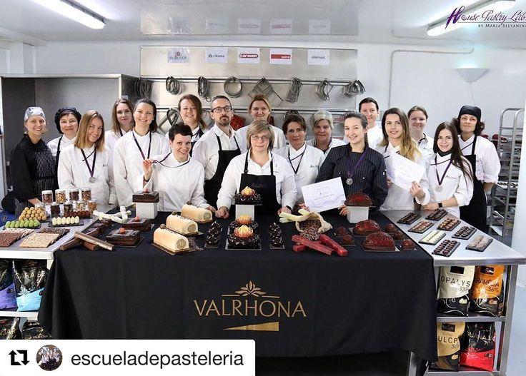 #Repost @escueladepasteleria  Foto-reportaje del Curso Juegos con el Chocolate Nivel I con la Chef Maria Selyanina 2016: http://ift.tt/2f15UQ3 ---- Фото отчет Курса Игры с Шоколадом Уровень 1 Ноябрь 2016 с Шефом María Selyanina : http://ift.tt/2f15UQ3 Программа Курсов 2016-2017: http://ift.tt/1TYQtGY ---- Maria Selyanina's House-Pastry Lab. http://ift.tt/1tH36ZR Campus Online www.pastrycampus.com Tienda eCommerce www.pastryvip.com Patrocinar la Escuela http://ift.tt/1MVLIfi (34) 931224646…
