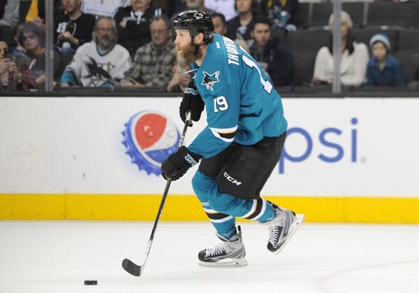 Joe Thornton suffers knee injury-Dr. Parekh = San Jose Sharks center Joe Thornton hyper-extends his knee. Expecting MRI to be done today. Best case – sprain of knee two to four weeks – worst-case ACL tear and…..