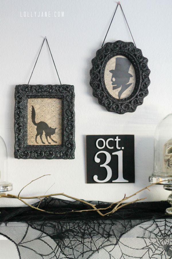 Easy tips for a DIY vintage Halloween mantel!