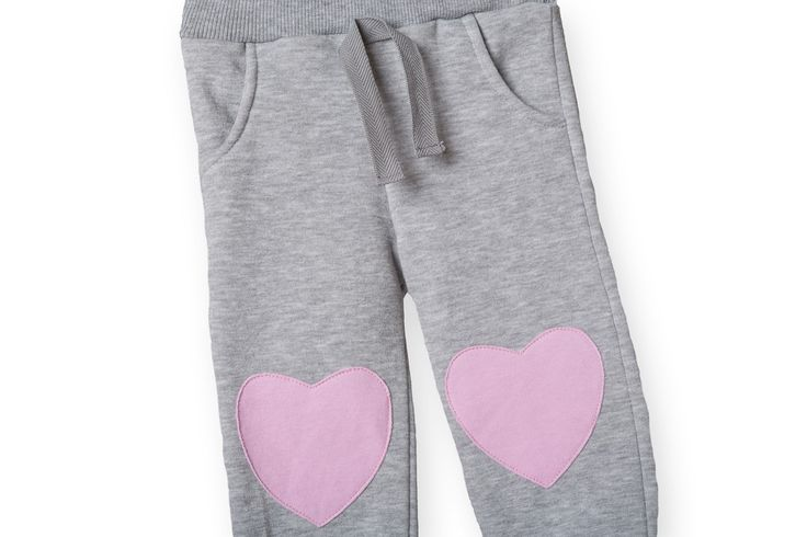 Heart patches for Autumn and Winter! Buy it here: http://wondersfashion.pl/girls-leisure-trousers-with-heartpatches-p-45.html