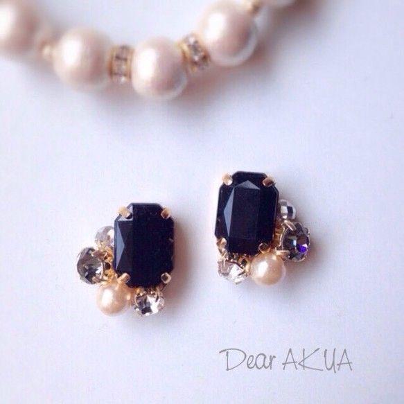Royal Black ビジューとパールのピアス / イヤリング変更可|Dear AKUA| Creema