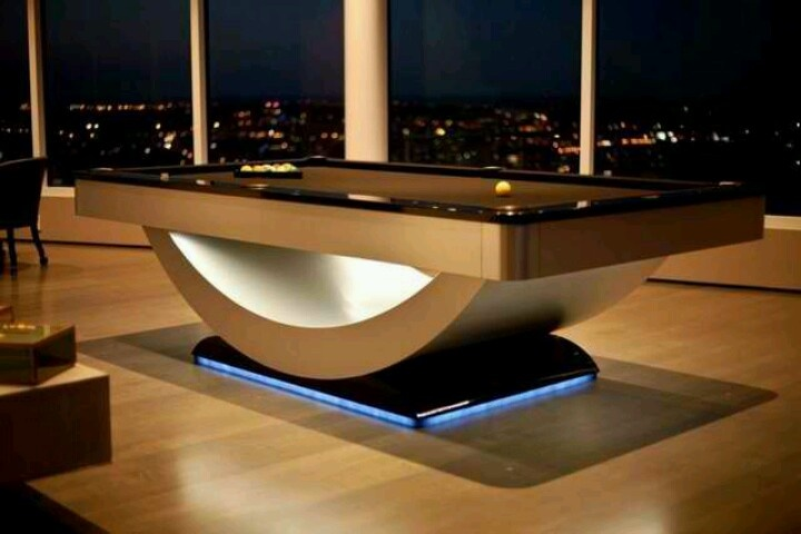 Reverse Rainbow Pool Table by Golden West Billiards
