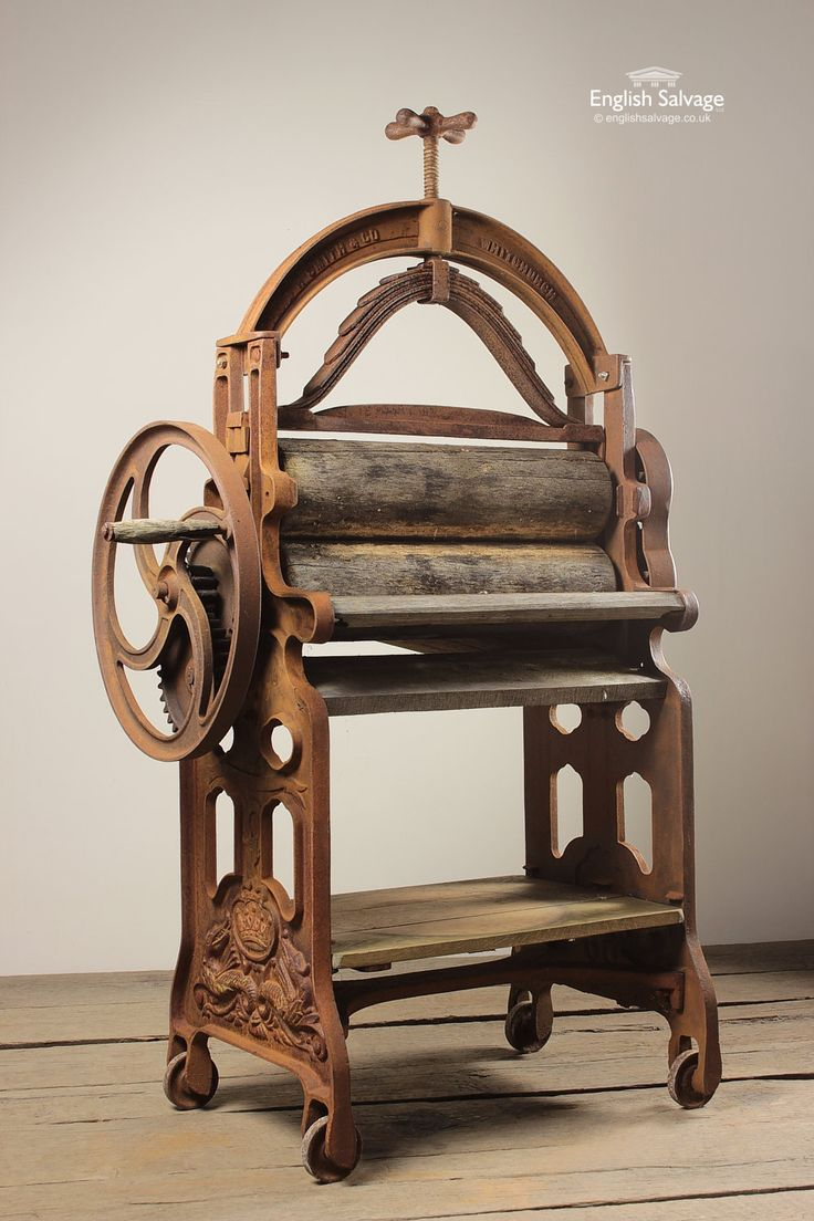 Early 19th Century Cast Iron Mangle Wringer Antique