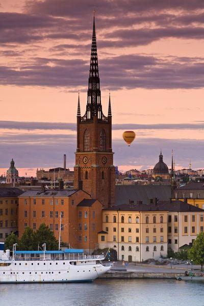expert- oskuld beatiful nära Stockholm
