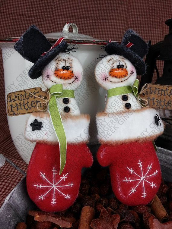 Warm Winter Mittens Pattern #164 - Primitive Doll Pattern - Christmas - Snowman - Mitten - Ornaments
