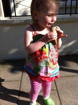 Baby Girl Cupcake Leggings in Pink | Blade and Rose | Sprogs Inc