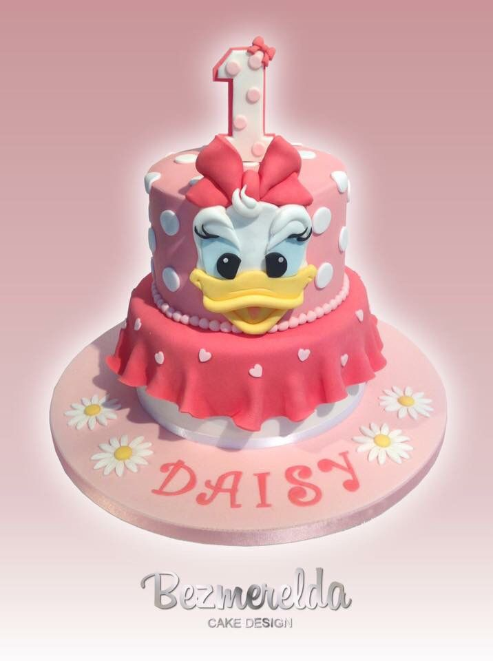 Daisy Duck cake - Made By Bezmerelda