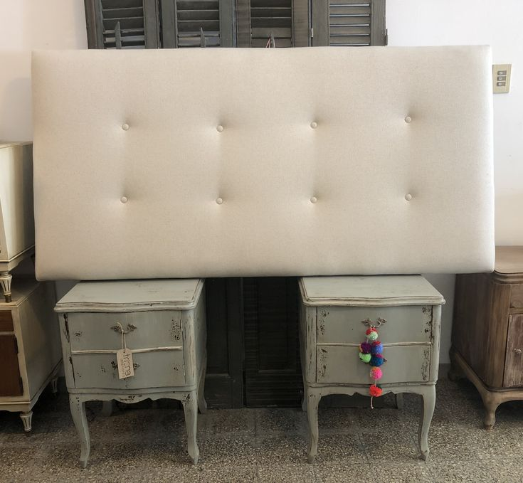 306 best triana images on pinterest chairs consoles and for Muebles vintage uruguay