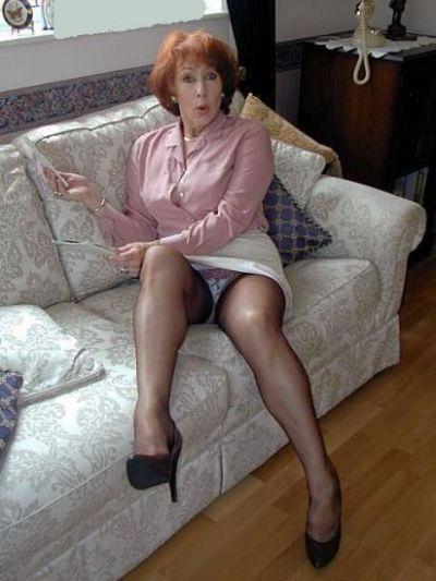 Grannylover On Twitter Sexy Slutty Milfs In 2018 Kleding Lange Benen