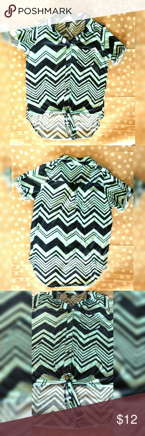 Rue 21 Turquoise and Navy Chevron top Rue 21 chevron top includes a collar and pocket on left side. Five buttons with tie at the bottom. Cute for summer nights! Rue 21 Tops Button Down Shirts