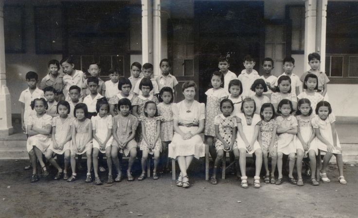 Oranje School, Boeboetan, Soerabaja