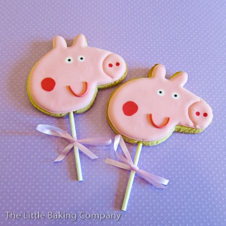 Peppa Pig cookies on a stick, very cute