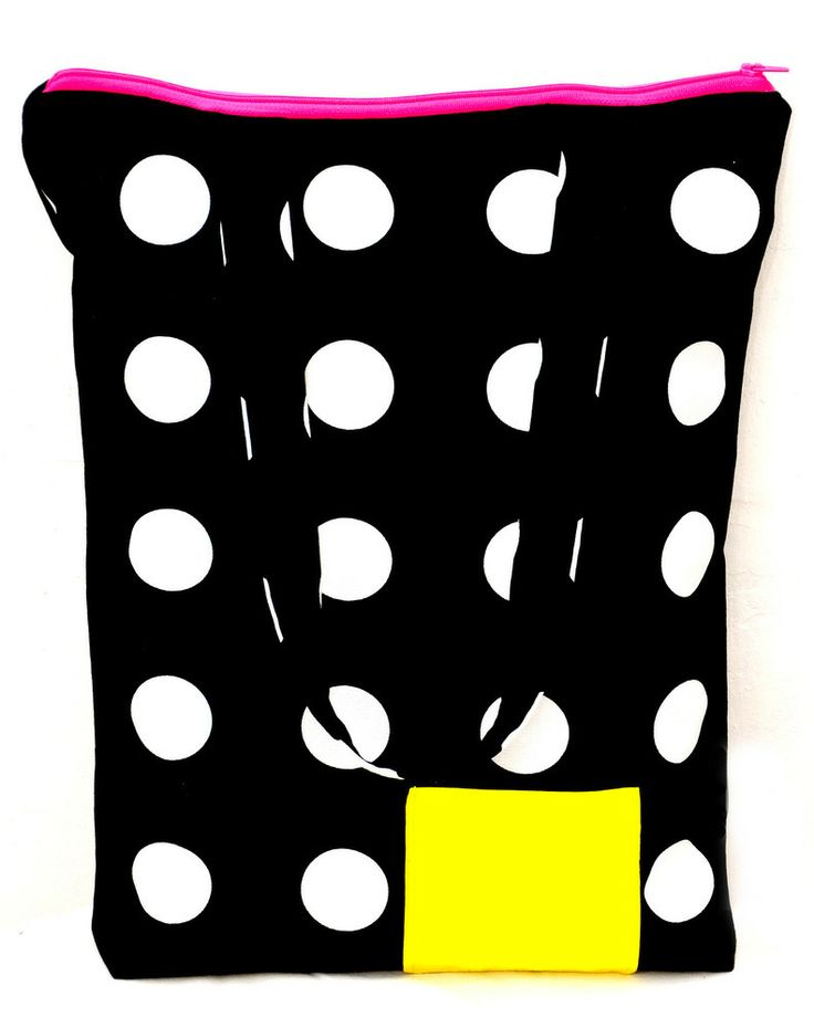 This bag was made  from a thick dotted fabric.. There is a lining fabric inside and fleece which makes it strong and padded. There is a pink mobile and purse holder pocket inside and a small yellow pocket outside. It can be closed with a pink zip.Size: 40 X 33 cm