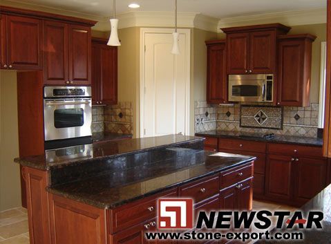 Best Tan Red Brown Granite With Oak Cabinets Kitchen 400 x 300
