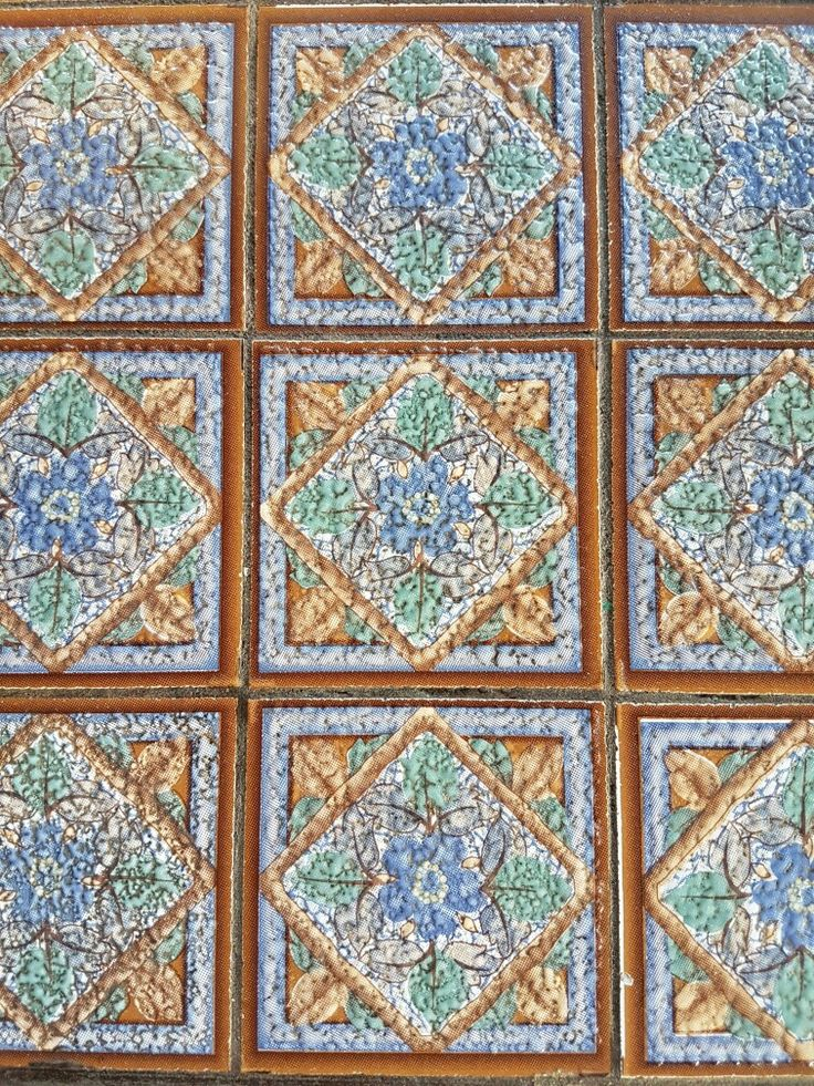 Table top tile