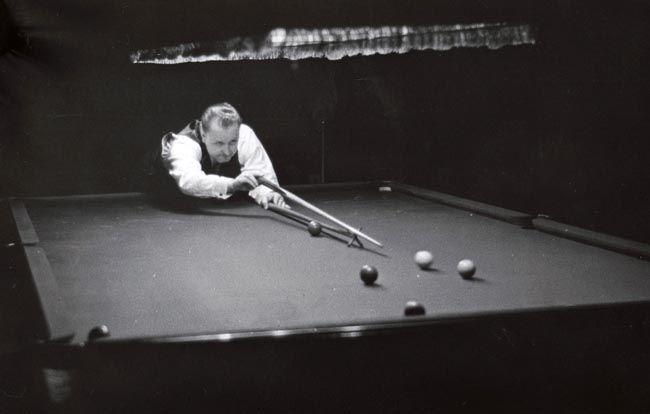 PCD_1566 Billiards Exhibition, Erith 1946