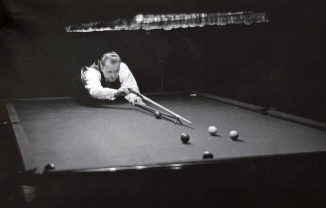 PCD_1566 Billiards Exhibition, Erith 1946