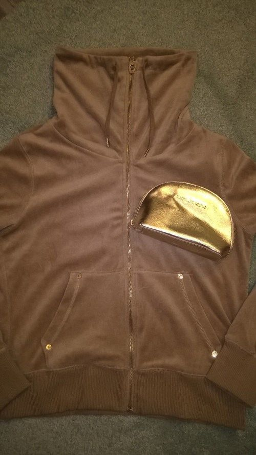 48.37$  Watch now - http://vinum.justgood.pw/vig/item.php?t=e0f5bo9446 - NWT MICHAEL KORS velour camel hoodie M and bonus gold make up case 48.37$