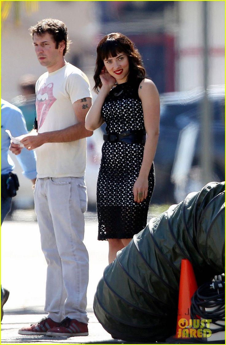 scarlett johansson chef | Scarlett Johansson: Dark Hair & Tattoos for 'Chef' | Chef, Scarlett ...