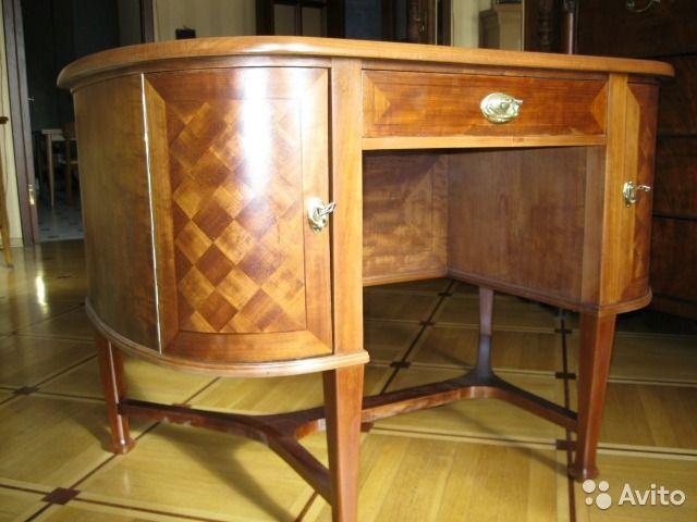 Антикварный туалетный столик — фотография №1
