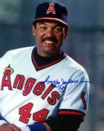 ... photo autographed by Reggie Jackson (California Angels Hall of Famer