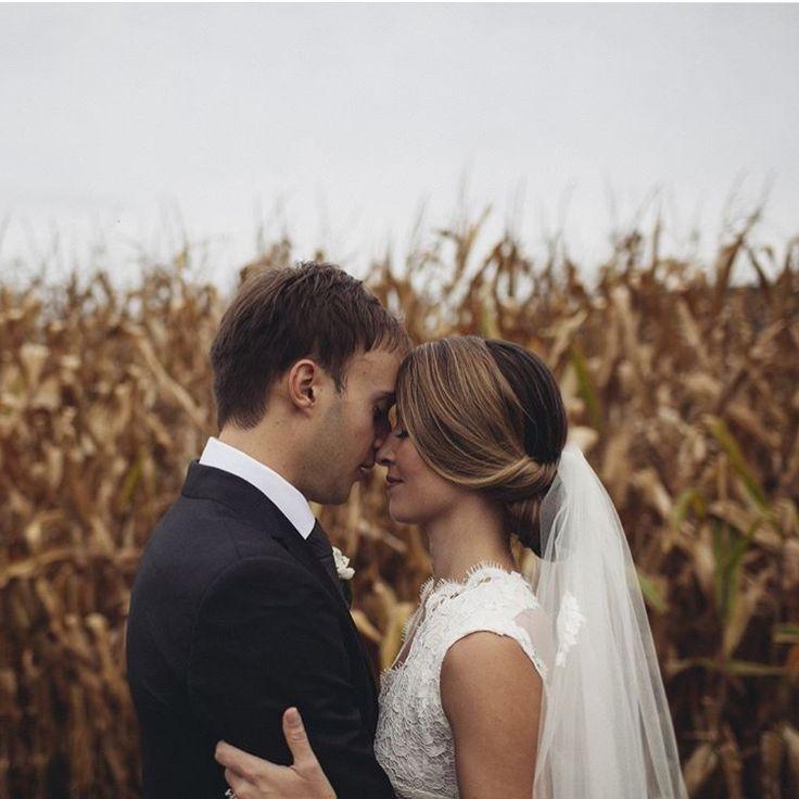 17 Best Ideas About Swan Lake Wedding On Pinterest