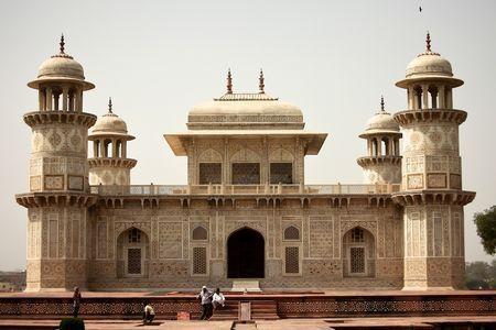 Mausoleo de Itimad-Ud-Daulah