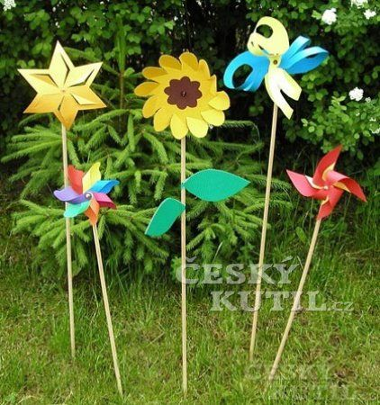 Foukej, foukej, větříčku - papírové větrníky