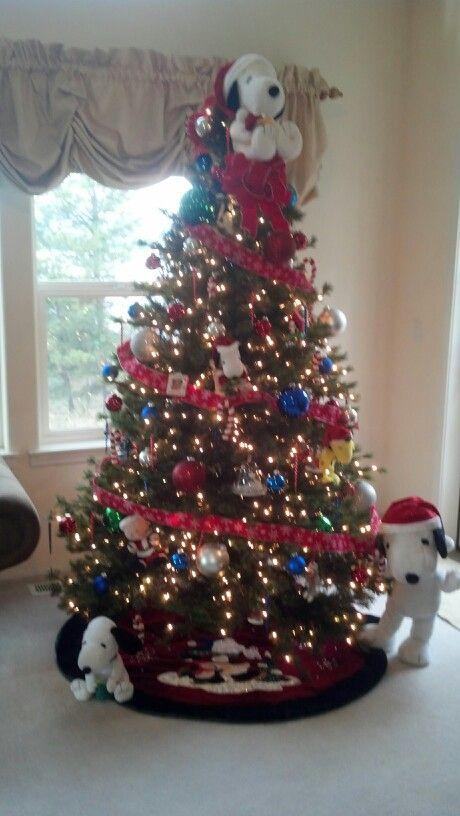 Fuschia Christmas Tree