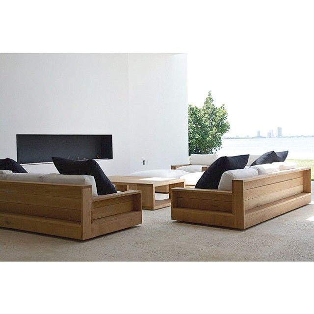 Outdoor living space by Briggs Edward Solomon Sofa and chairs by James Perse